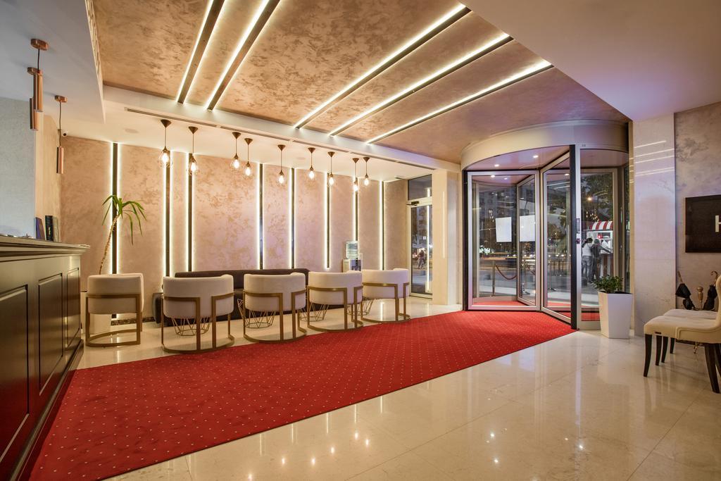 3 Hotel Ami